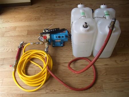 高圧洗浄機と特殊洗剤