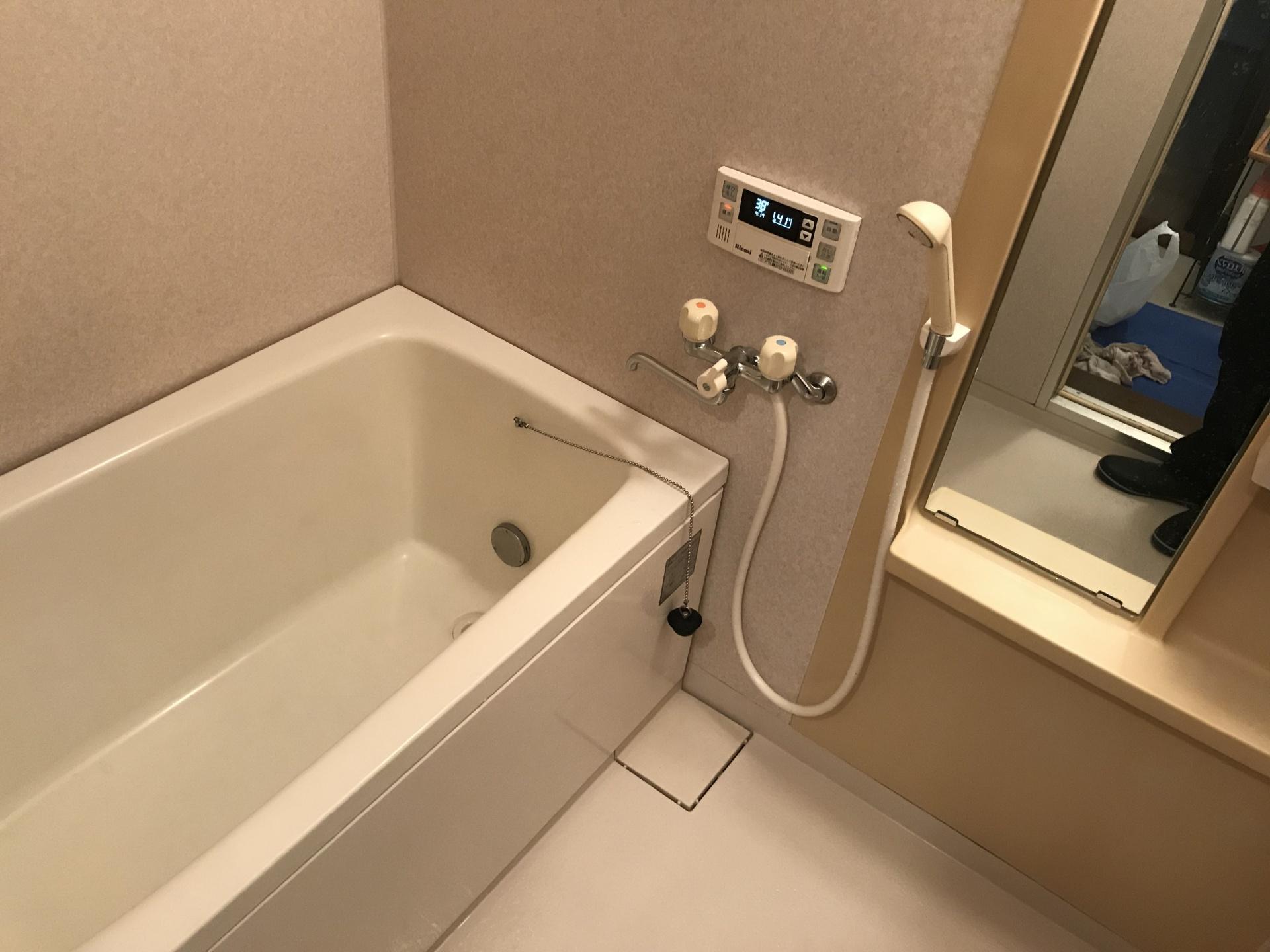キレイになった浴室を全体的に撮りました