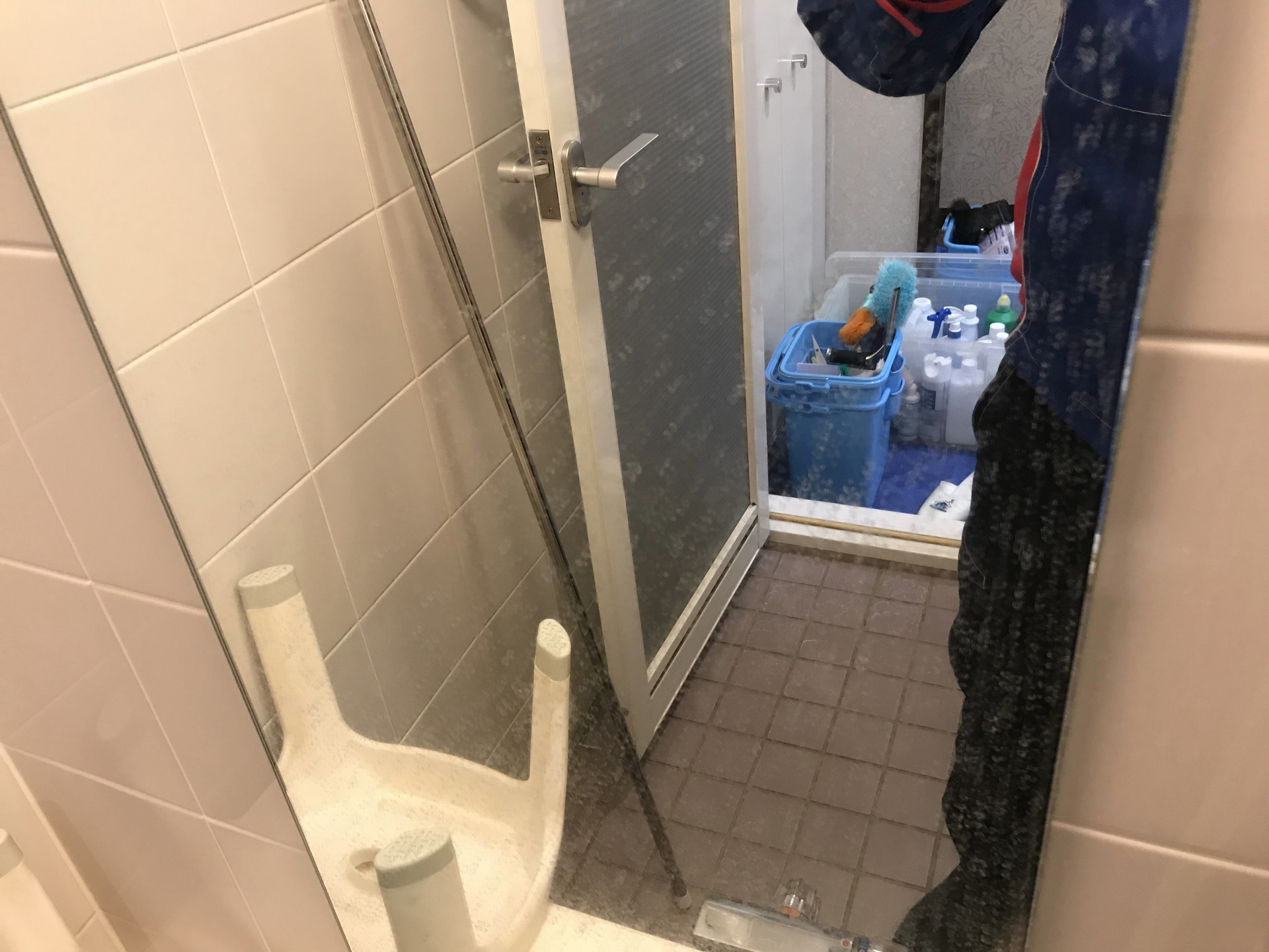 浴室鏡のウロコも…